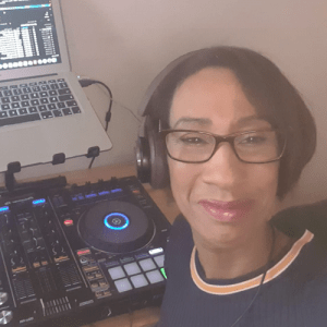 Jenny JazzyLady – The Good Vibrations Show